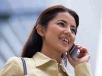 ベテラン女性営業スタッフイメージ画像(^^;